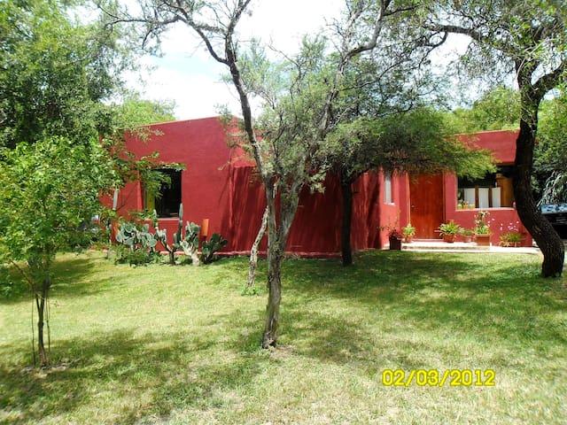 naturaleza confort y seguridad en un mismo sitio - Mendiolaza - House