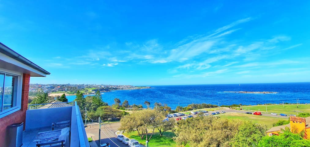 Double room available at amazing location Coogee