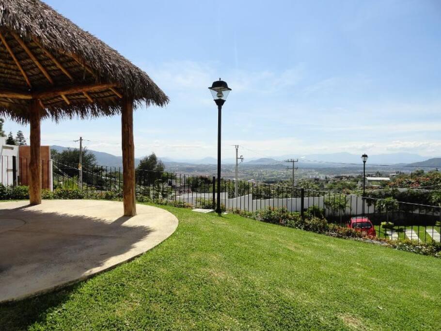 Una vista espectacular de la Ciudad de Cuernavaca para relajarse un poco.