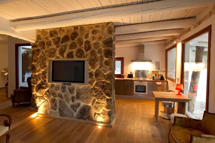 charming country house near Ibiza town - Eivissa - House