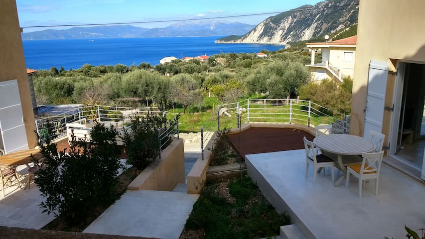 Ionian Breeze - 2 houses - Platrithias - Casa