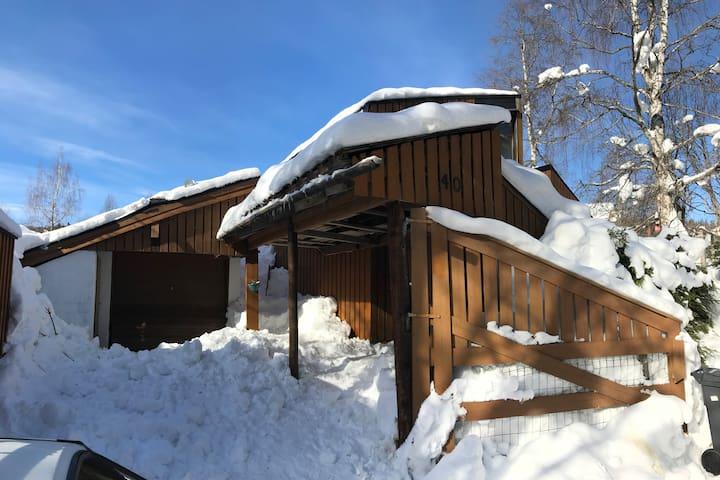 Spennende og koselig hytte nær Sjusjøen
