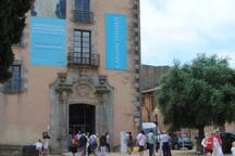 Museu Carmen Thyssen a Sant Feliu de Guíxols:  25 kilòmetres de l'apartament.
