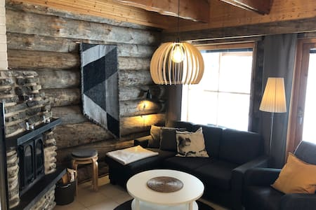 HIGH QUALITY LOG CABIN in Ylläs. Perfect location!