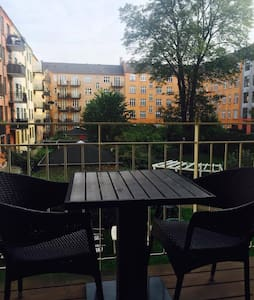 Modern apartment with lovely balcony - Frederiksberg