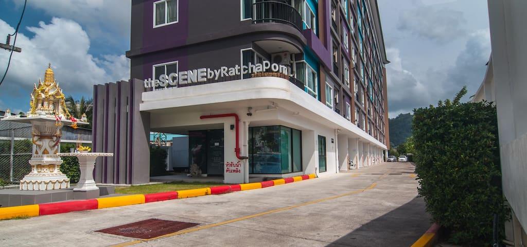 Delightful & Cozy Condominium in central Phuket