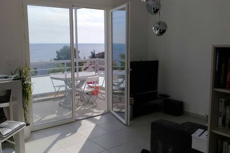 60m2 & 17m2 terrace Amazing Seaview - Thiais - アパート
