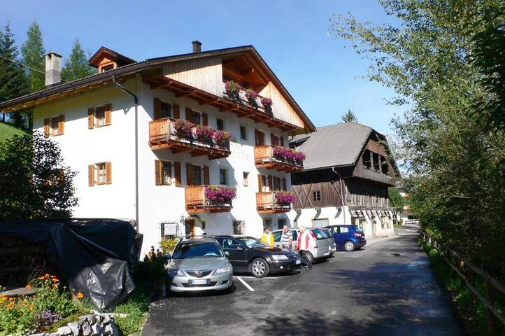 "Dolomites- ""Bachlaunfe Haus"" apt 3 - Sesto - Appartement"