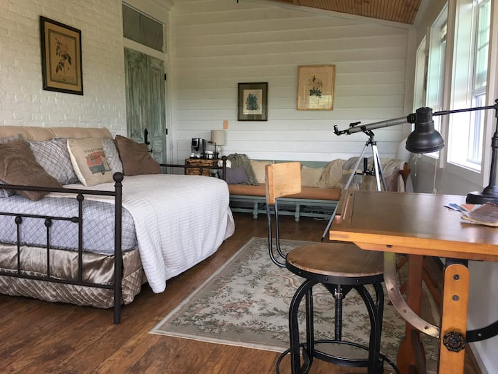 Scenic Mountain & River Retreat +No Cleaning Fee!