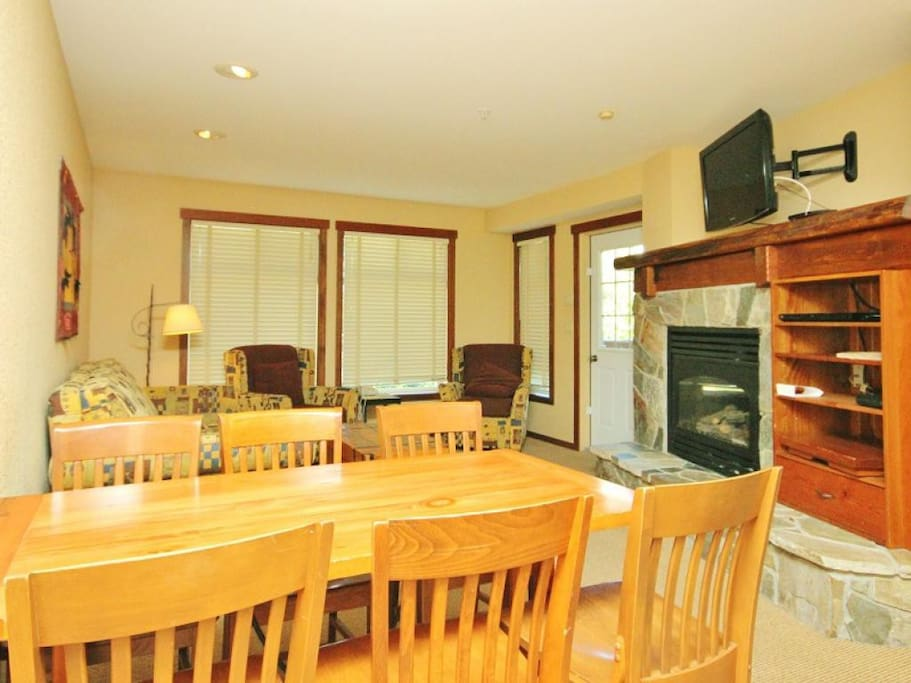 S218 Dining Area