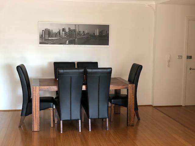 Great modern apartment. Best location in Sydney!