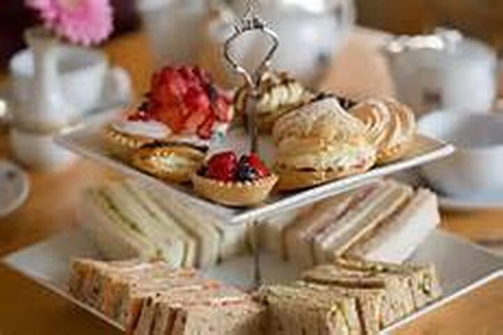Cream Tea Garden Party - Surrey