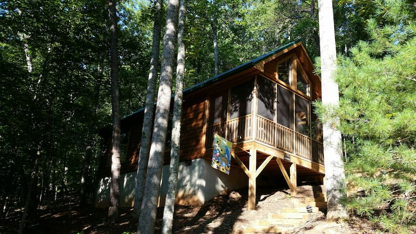 The Walhalla Cabin