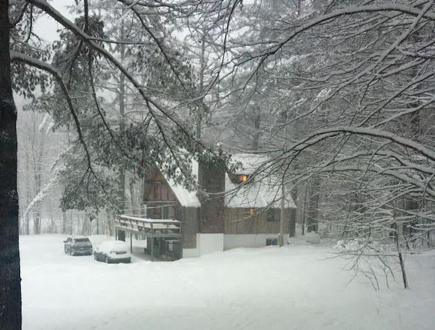 OZ Chalet - 4BR Ski Home near Killington & Okemo - Plymouth - Chalet