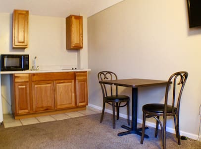 Small Lake George Room with Kitchenette