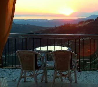 Villa Garda Lake View Verona - San Giorgio di Valpolicella - House