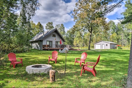 Riverfront Traverse City Cabin w/Kayaks & Fire Pit