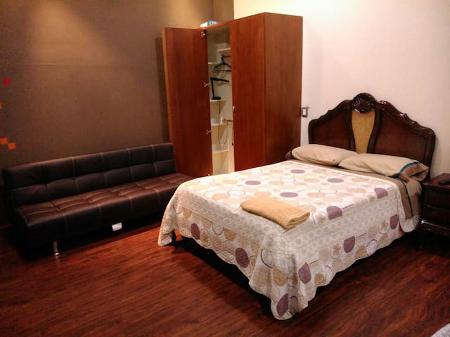 Suite in the Center of Cuenca 4