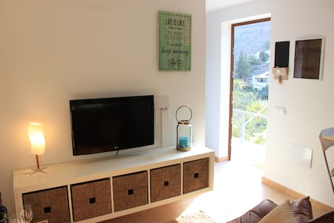 Stylish, cosy apartment in the Valley of Ayagaures