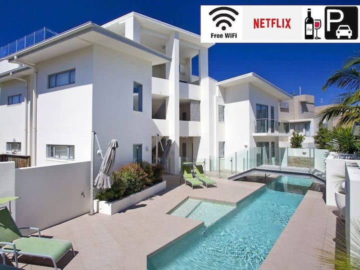 ❤️Sunshine Beach Getaway❤️3 Bedroom Apartment|Pool|View|Wifi|2CarParks