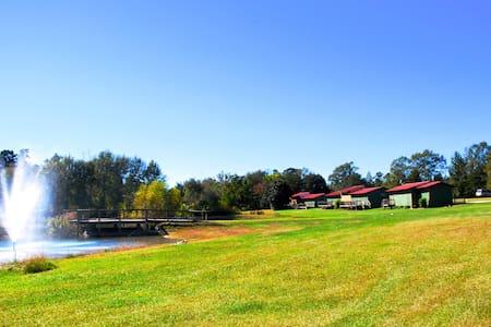 Oak Tree Campground & Retreat Center Group Cabin 3 - Cabin