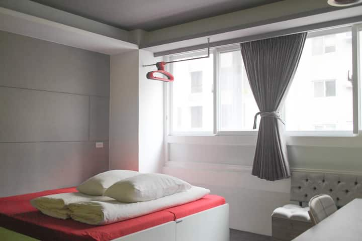 ZhongShan Apartment Double Room 408
