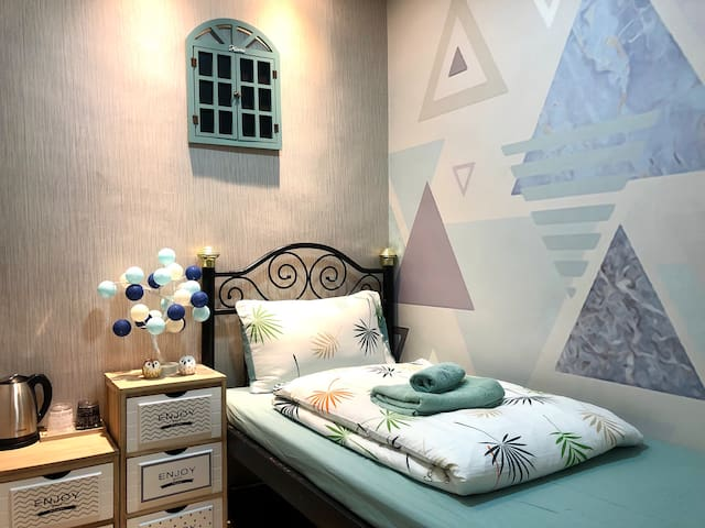 C5 Cameron Comfort Single Room (N)