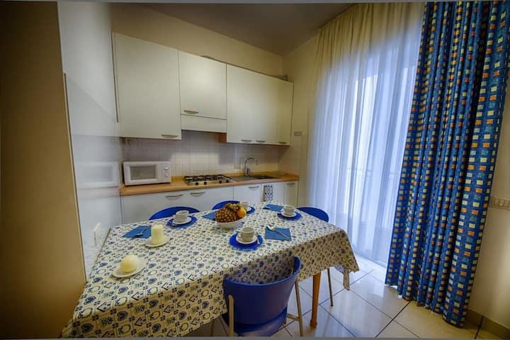 Appartamento per 4 Persone a due passi dal mare!