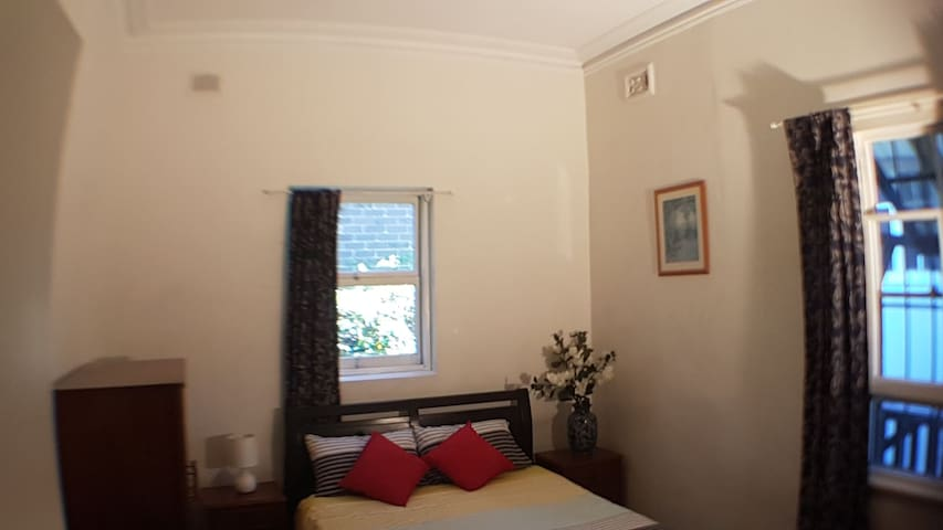 Private Room 5 in Coogee Beach Guest House