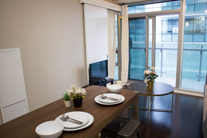 Luxury 1 Br| Downtown| Union Station| Balcony| ACC