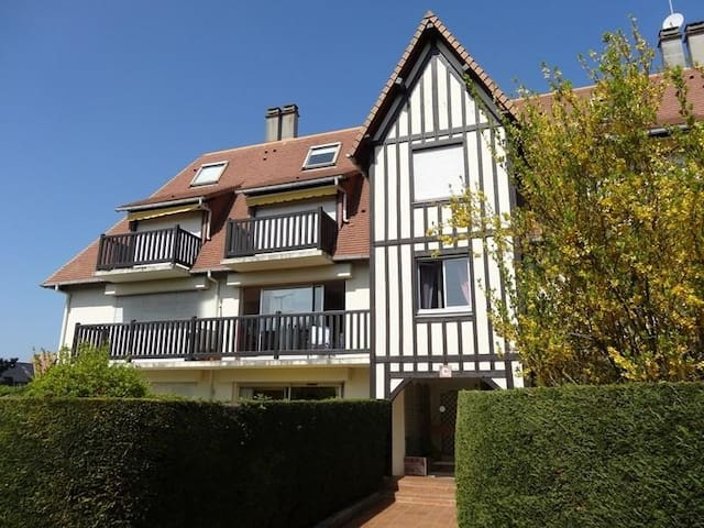 Deauville,Deux pièces, 44 m2, piscine et tennis - Deauville - Appartement