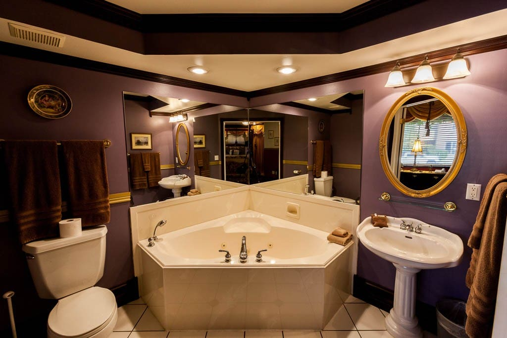 Beautiful Jetted Tub