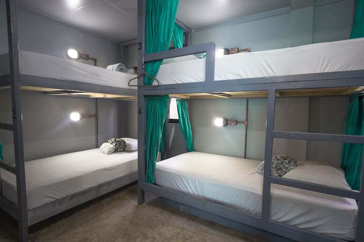 Stingray Dorm
