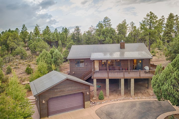 Forest Views in Gated Bison Ridge; FREE WiFi&Cable