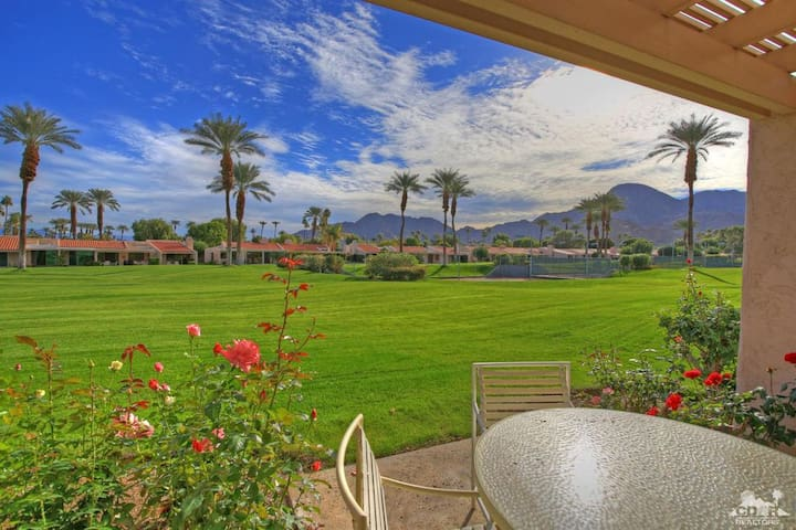 Exclusive Indian Wells 3/3 condo tennis and pool