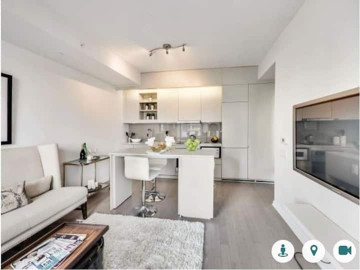 Fully-Steralized Luxury Apartment