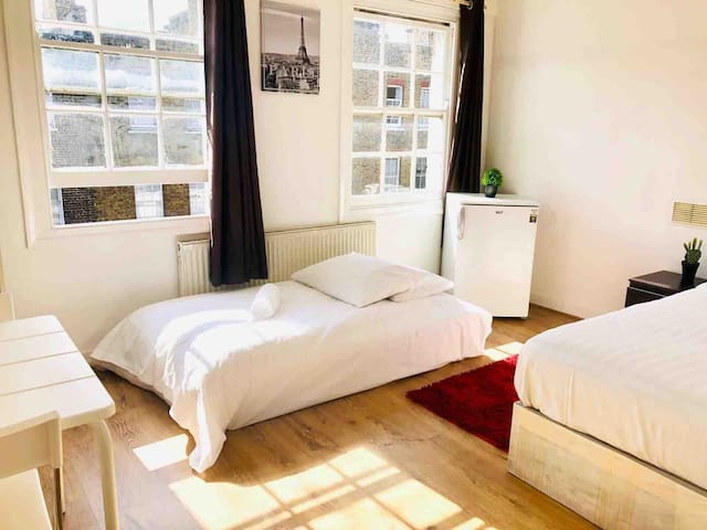 Bright and Specious Warm cosy Double Room