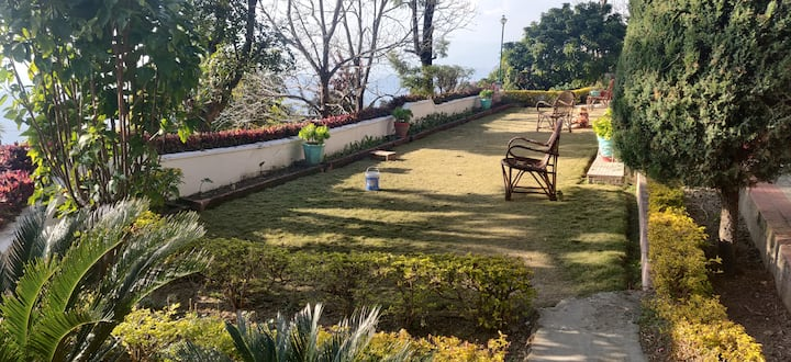 NarangsLanding - Luxury Homestay near Dalhousie