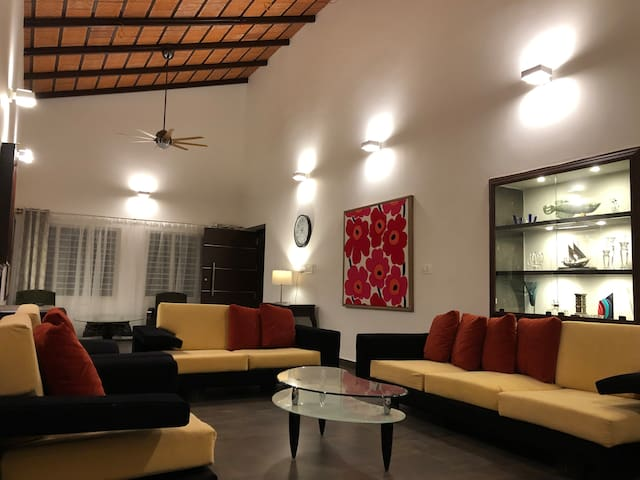 Private coffee estate bungalow - New Listing