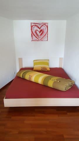 Schöne Einliegerwohnung mit Sauna und Massagestuhl