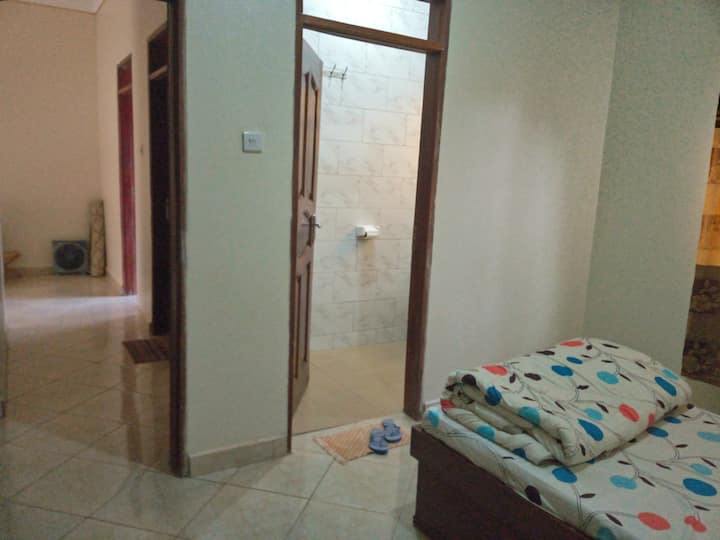 Accessible Self-Contained Room In Mukono Town