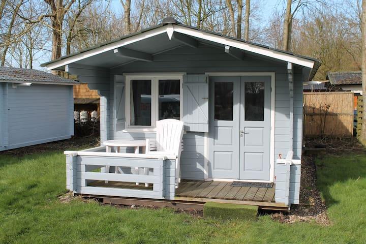 Vakantiehuis aan meer in Friesland - Elahuizen - Cabin