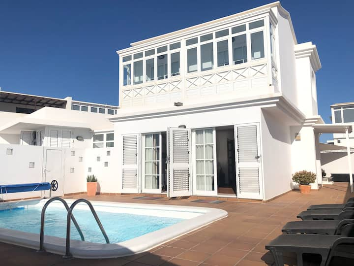 CENTRAL HOUSE IN TIAS WITH PRIVATE POOL