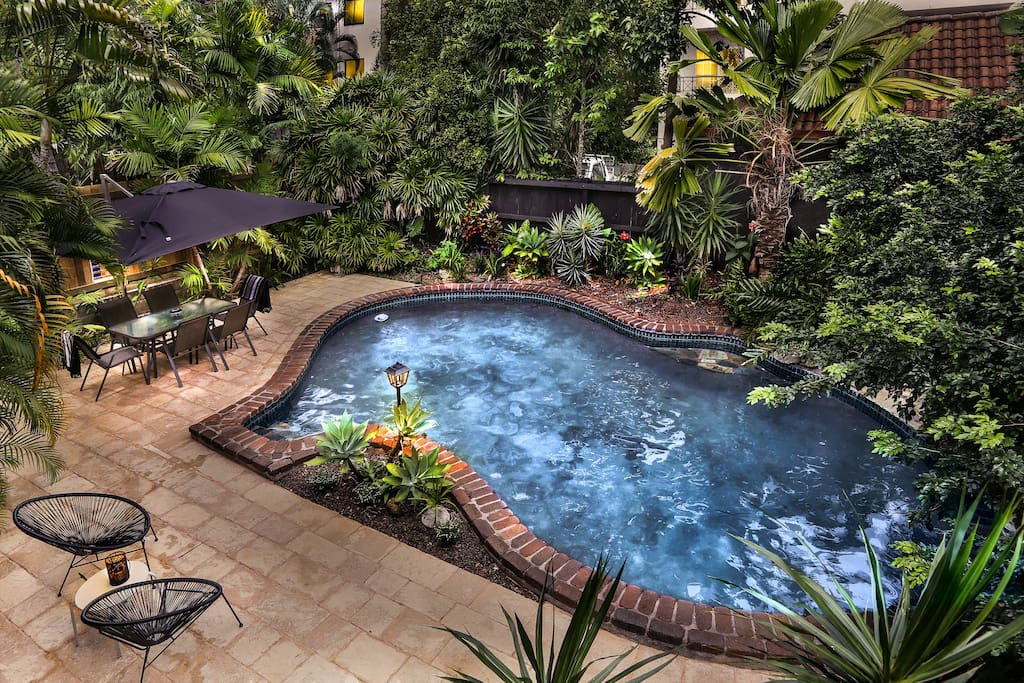Private Tropical Pool