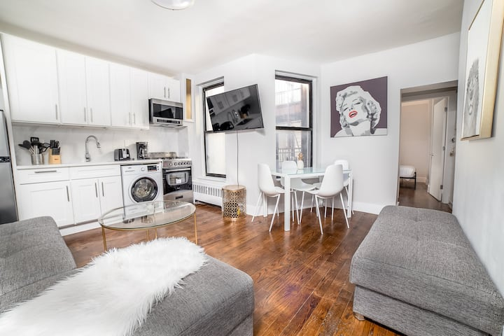 Beautiful and Bright 3 bedroom in Manhattan!