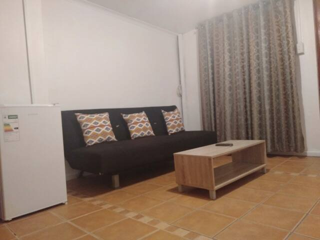 Booked Easy Guest House Airport