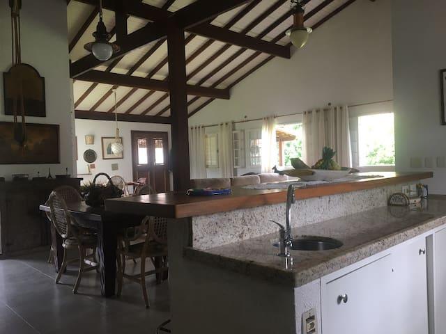 Belíssima casa, estilo náutico!!!