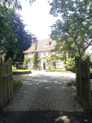Listed Victorian Family Home - Haywards Heath - Haus