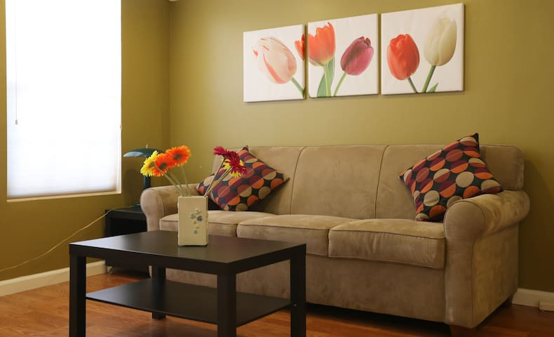Beautiful 4Rooms/2Baths Furnished Corporate Home