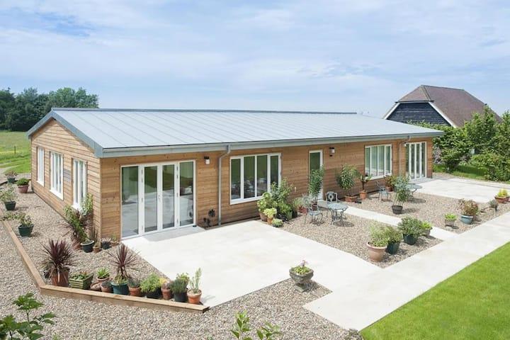 Beautiful, bright barn conversion with stunning views of natural surroundings, near Canterbury